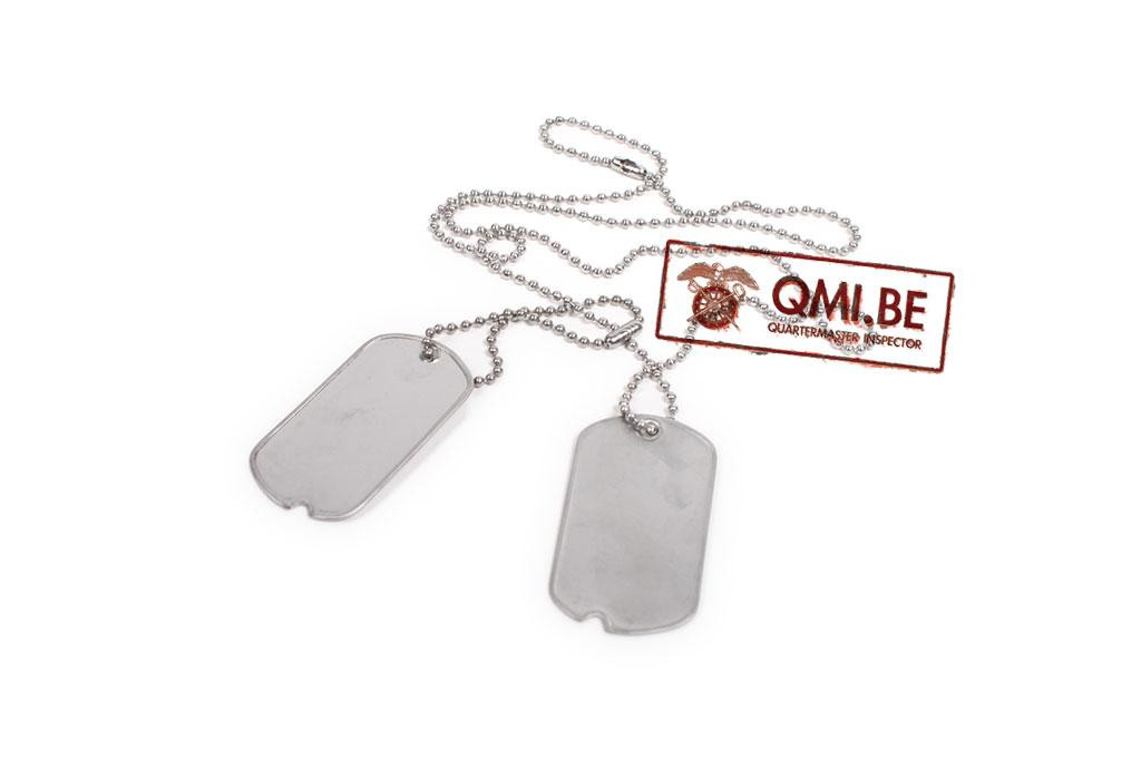 WWII U.S. Notched Dog Tags (2 tags + chains)