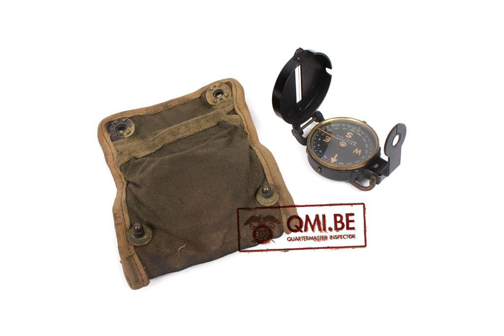 US WWII canvas pocket with compass