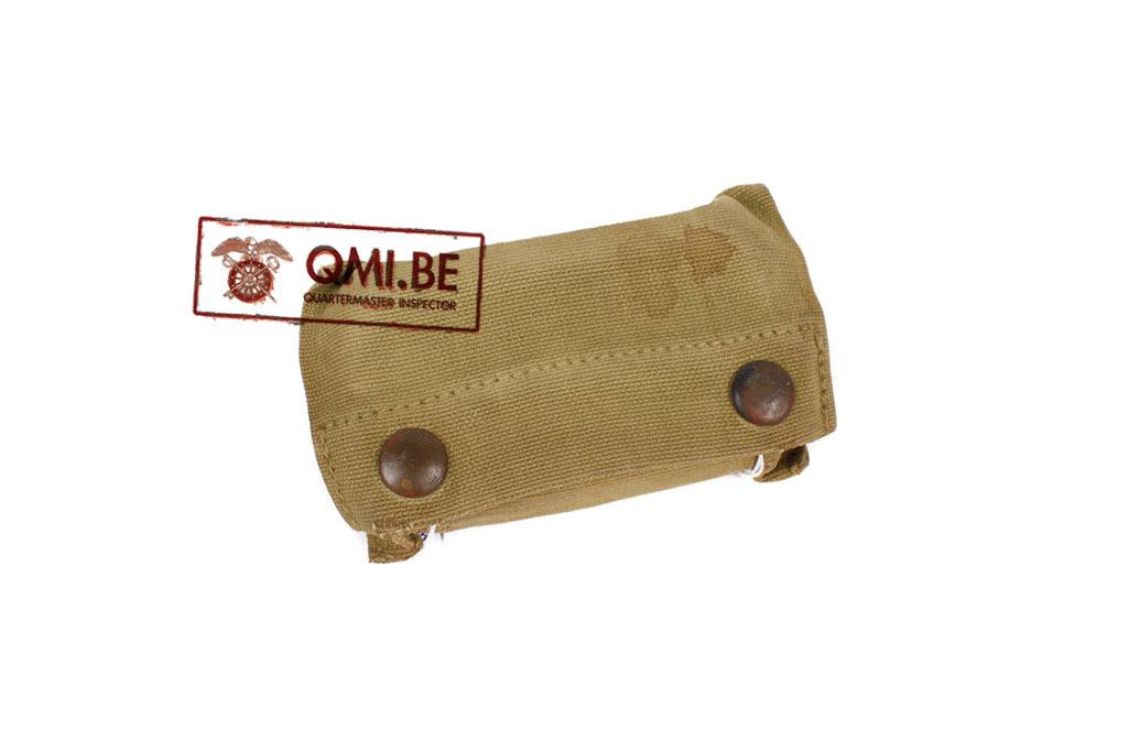 Original US WW1 First aid pouch + content