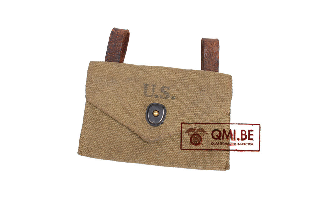 Original US WW2, First Aid pouch 1943, Modified with 2 leather belt loops