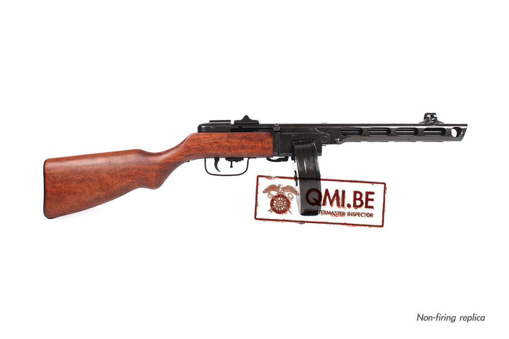 PPSh-41 Submachine gun, Russian (Non-firing replica)