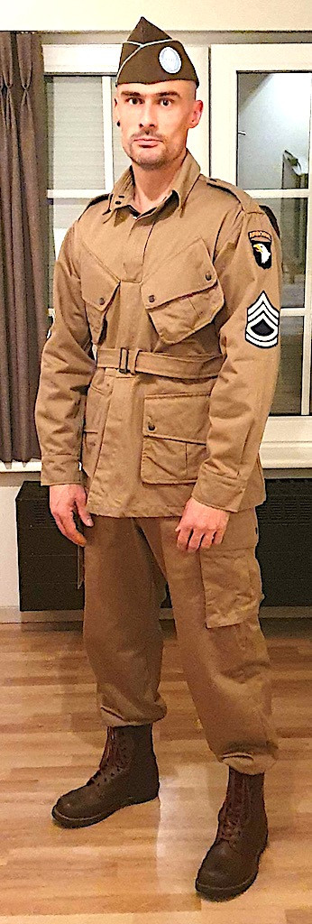 Standard M42 Jump Uniform (De Brabander Mfg. Co) Set
